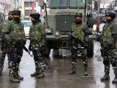 a muslim kashmiri police shot and killed five crpf personnel is fake