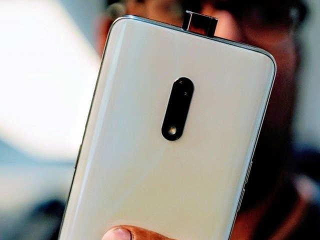 AI पॉप-अप सेल्फी कैमरे वाले Realme X का नया वेरियंट लॉन्च, 18 अगस्त से बिक्री होगी शुरू