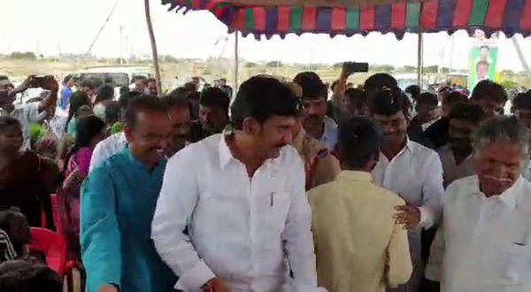 ysrcp mp gorantla madha heartwarming gesture to his police friend