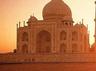 आगराः शौचालय की बदबू से परेशान रहे ताजमहल के पर्यटक, हड़ताल पर सफाई कर्मचारी