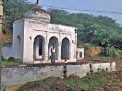 अटल जी की कुलदेवी का मंदिर, जहां सीएम पूजा करने आए थे
