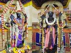 what is thaila kappu and why it apply to athi varadar wooden idol before keeping in temple pond