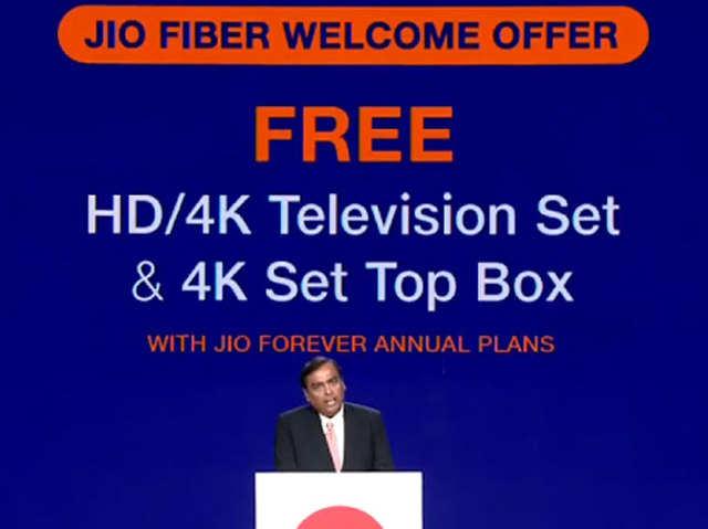 धांसू फीचर्स के साथ आएगा Reliance Jio का सेट-टॉप बॉक्स, जानें दूसरों से कितना अलग
