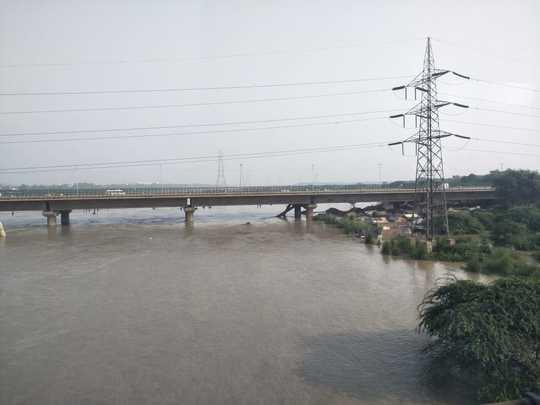 yamuna flood.