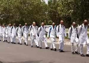 यूपी: सैफई रैगिंग पर डीएम ने भेजी शासन को रिपोर्ट