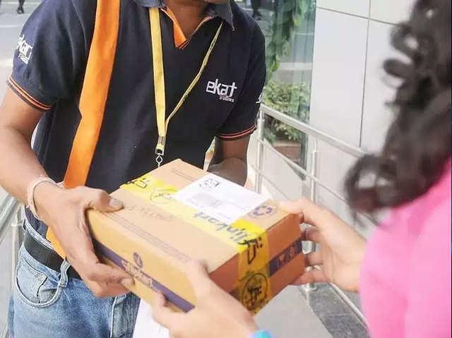 ₹99 में आपका खराब स्मार्टफोन ठीक करके घर पहुंचाएगा Flipkart