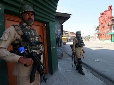 कश्मीर घाटी में सुरक्षा के कड़े इंतजाम