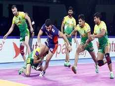 patna pirates lost to bengal warriors by 35 26 in pro kabaddi league 2019