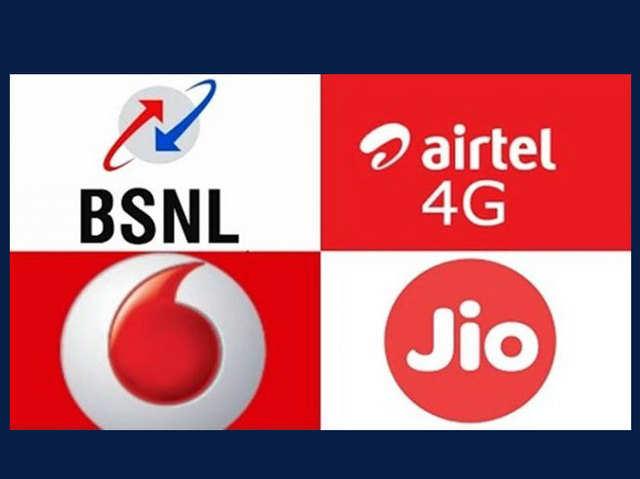 Jio vs एयरटेल vs वोडाफोन vs बीएसएनएल: ₹1 हजार से कम के बेस्ट ब्रॉडबैंड प्लान