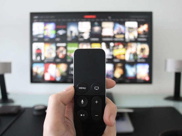 OnePlus, मोटोरोला की एंट्री से 10% तक सस्ते हो सकते हैं स्मार्ट TV