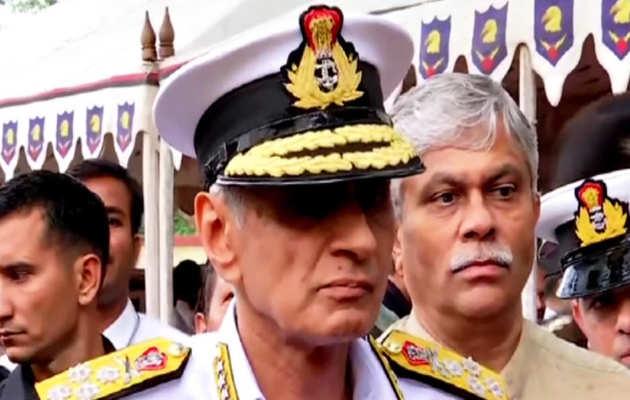 समुद्री रास्ते से जैश आतंकियों के आने की आशंका पर नौसेना प्रमुख ने कहा, 'हम सतर्क हैं'
