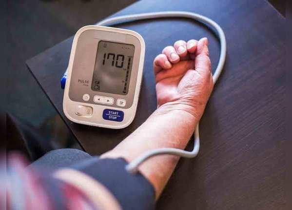 शरीर के कई अंगों को प्रभावित करता है हाइपरटेंशन