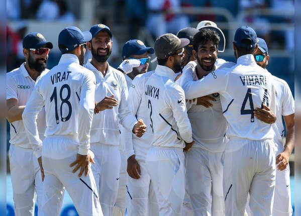 वेस्ट इंडीज के 7 खिलाड़ियों में 6 बुमराह का शिकार