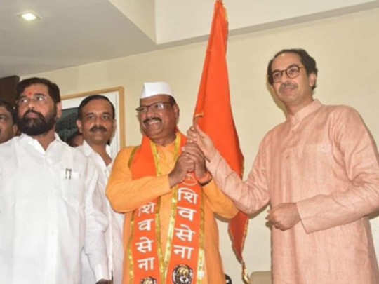 sattar-enters-in-shiv-sena-