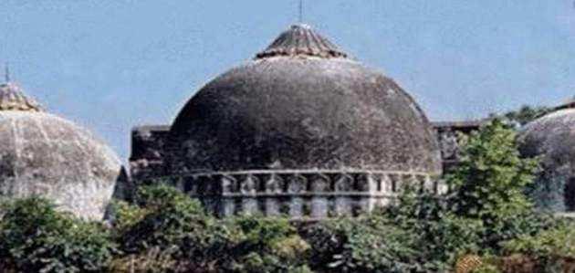 अयोध्या विवाद: वक्फ बोर्ड के चेयरमैन ने माना, बाबरी मस्जिद से पहले मंदिर था