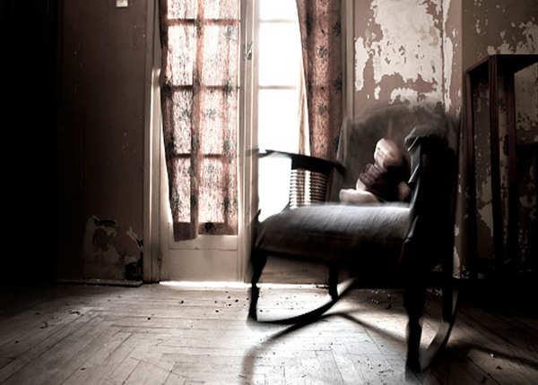 थॉमस बस्बी की है यह कुर्सी, ससुर का किया था मर्डर