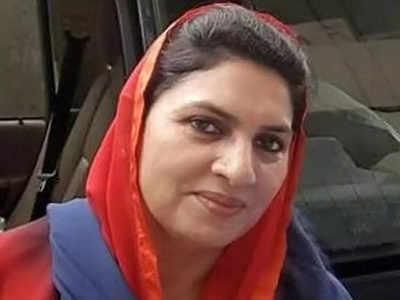 नैना चौटाला समेत चारों बागियों ने दिया इस्तीफा