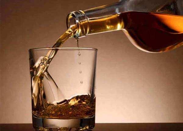 शराब के सेवन की वजह से हुई मौत
