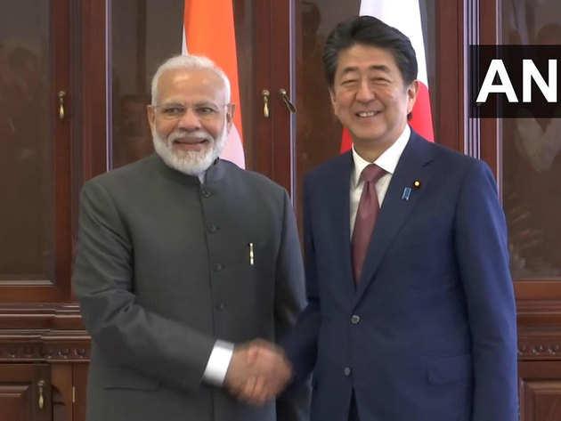 जापान के PM से मोदी ने की मुलाकात