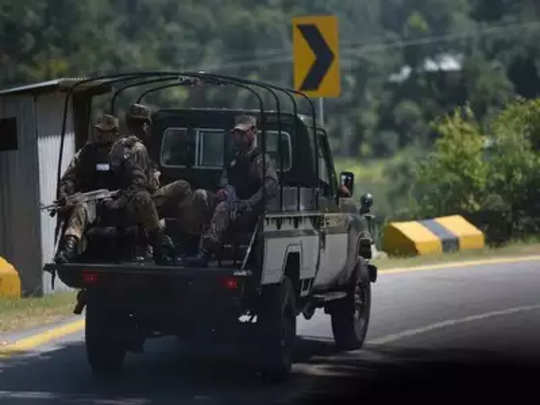 pakistani-troops-at-loc-mah