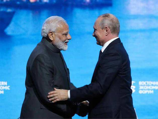 कभी रूस से कर्ज से लेकर उद्योग और कृषि का विकास करता था भारत, आज रूस को ही देने लगा लोन