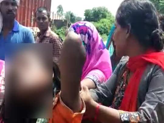 बच्चा चोर समझकर हुई थी महिला की पिटाई