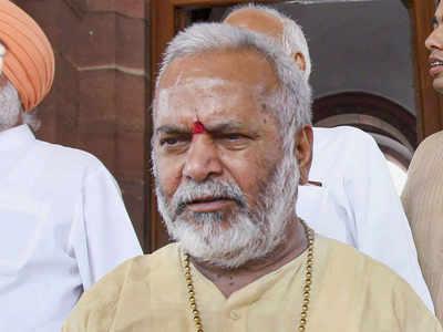 स्वामी चिन्मयानंद (फाइल फोटो)