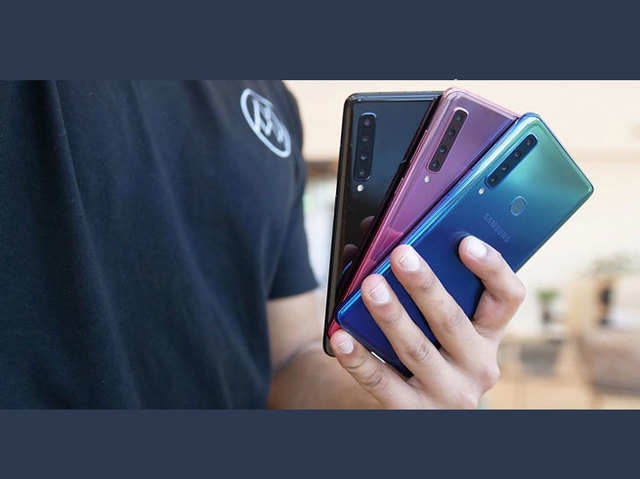 चार रियर कैमरे वाले टॉप 5 स्मार्टफोन, कीमत ₹16 हजार से शुरू