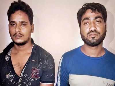 आरोपी अजय कपूर और आरिफ (दाएं)
