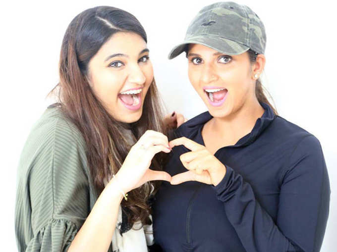 सानिया मिर्झाची बहिण अनम या क्रिकेटर मुलाच्या प्रेमात