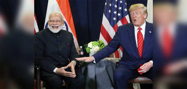 डॉनल्ड ट्रंप ने पीएम मोदी को बताया 'फादर ऑफ इंडिया', रॉकस्टार एल्विस से की तुलना