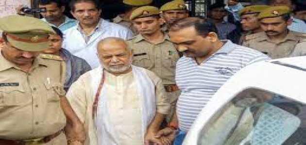 चिन्मयानंद रेप केस: SIT का दावा, पीड़िता ने वसूली के आरोपों को स्वीकार किया