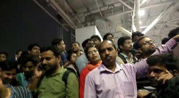 watch heavy crowd in hyderabad metro rail