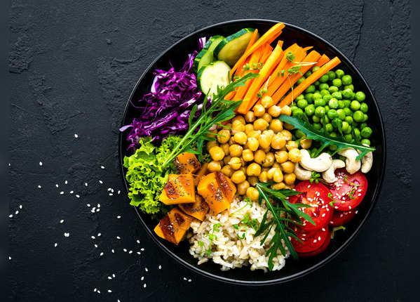 फल और सब्जी न खाना