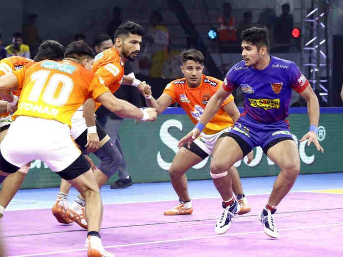 naveen kumar raider of dbang delhi vs puneri paltans PKL 2019