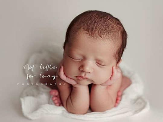 Amy-Jackson-baby