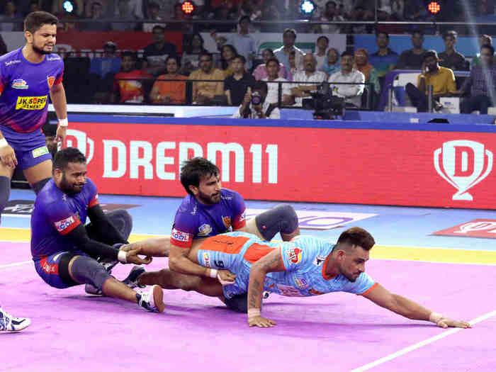 dabang delhi vs bengal warriors pro kabaddi 2019