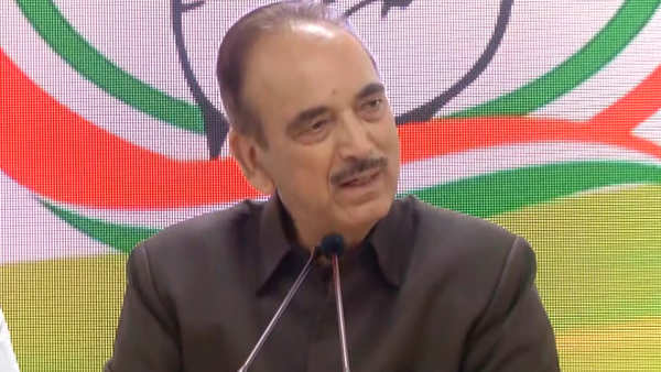 people told me they will be lifted if they meet me ghulam nabi azad after his kashmir visit
