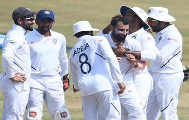 भारत ने विशाखापत्तनम टेस्ट में दक्षिण अफ्रीका को 203 रन से दी करारी मात