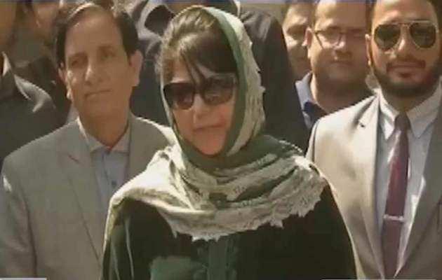 जम्मू-कश्मीर में पीडीपी के 10 नेताओं का प्रतिनिधिमंडल महबूबा मुफ्ती से करेगा मुलाकात