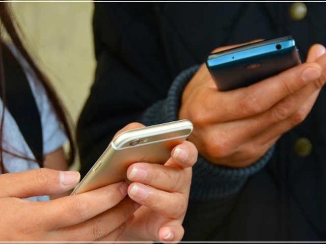 पाकिस्तान और चीन से यूएस तक, विदेश में सबसे ज्यादा बिकते हैं ये स्मार्टफोन्स