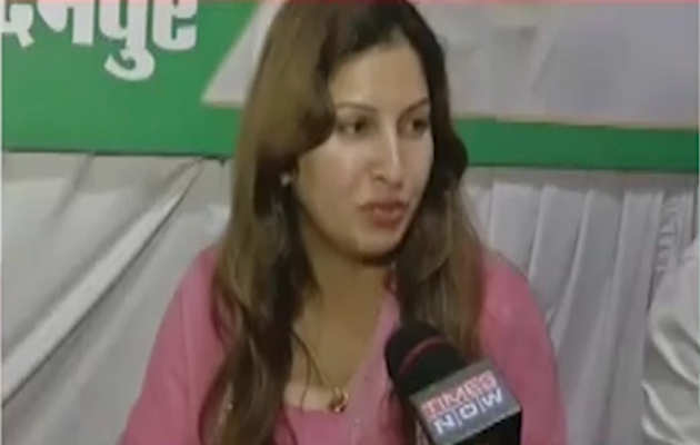 हरियाणा चुनाव: बीजेपी उम्मीदवार सोनाली फोगाट को आया गुस्सा, सभा में नहीं लगा भारत माता की जय का नारा