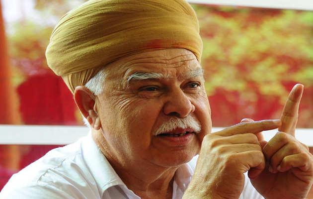 करणी सेना ने की 'बिग बॉस' पर प्रतिबंध लगाने की मांग, कहा- भारतीय संस्कृति के खिलाफ है कार्यक्रम