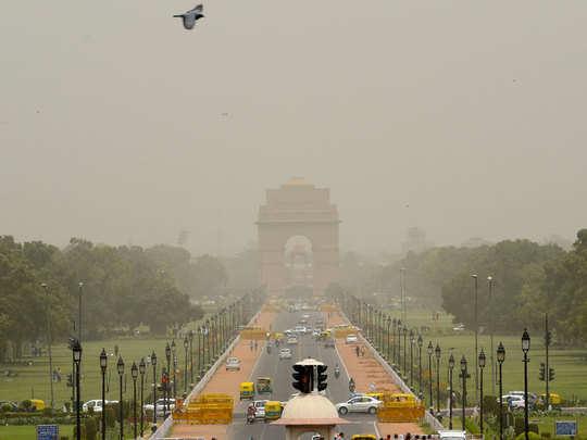 दिल्ली के कुछ इलाकों की हवा हुई खराब