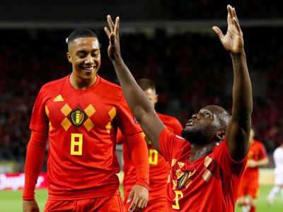बेल्जियम के लुकाकू गोल करने के बाद खुशी जाहिर करते हुए
