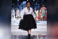 इंडिया फैशन वीक में कंगना का जलवा
