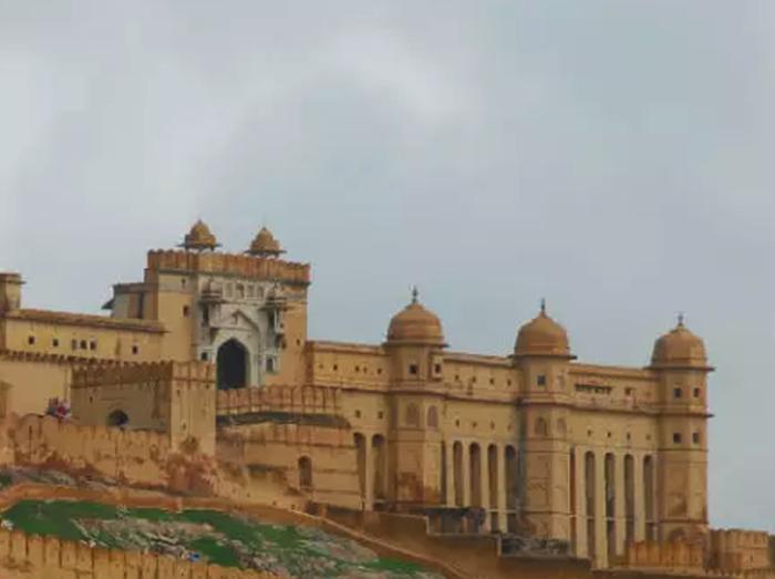 शुरू हो गया है इस खूबसूरत किले की सैर का समय