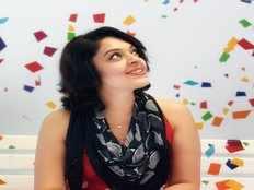 actress radhika aka rezia shares her latest bold and the beautiful pics