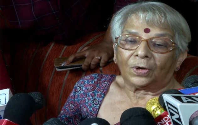 बेटे-बहू को नोबेल पुरस्कार मिलने से बेहद खुशी हुई: अभिजीत बनर्जी की मां निर्मला बनर्जी