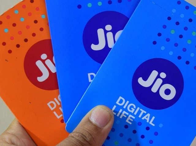बस 1.80 रुपये में आधा घंटा बात, Jio ने ग्राहकों को समझाए अपने IUC चार्ज